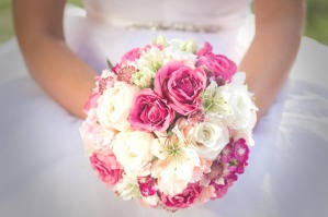 Konenglanz-Empfehlungen-Blumen-Floralesbraut-Design